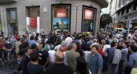 Al día siguiente, centenares de personas se manifestaron repudiando el ataque fascista